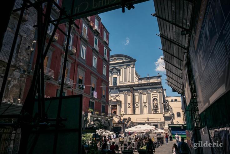 Visiter Naples : piazza san Gaetano