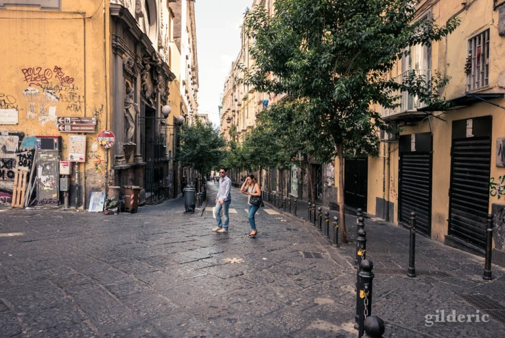 Visiter Naples : vers la via Port'Alba