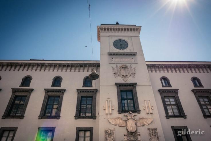 Visiter Naples : la façade du Castel Capuano