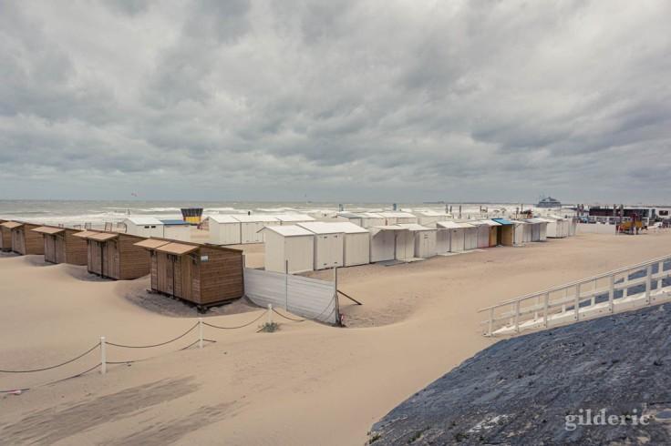 Tempête à Blankenberge : le gris bleuté de la Mer du Nord