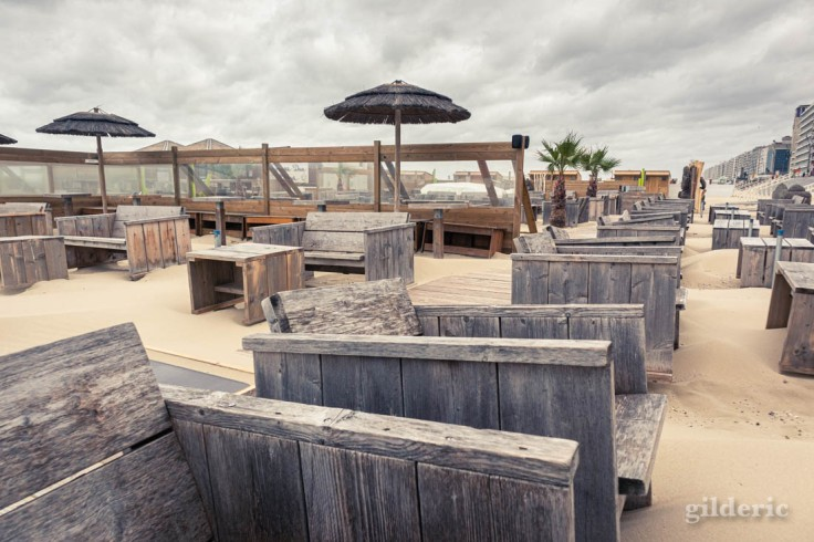 Tempête à Blankenberge : le bar de plage est fermé