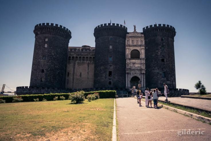 Visiter Naples : Castel Nuovo