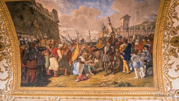 Visiter Naples : scène de bataille (plafond du palais royal)