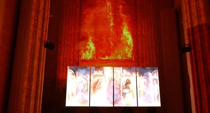 Lights on Van Eyck : l'Agneau mystique échappe au feu