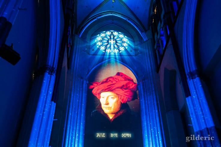 Visiter Gand : projection de l'autoportrait de Van Eyck