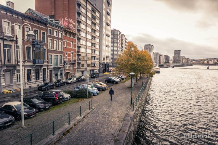 Liège en automne : balade sur le quai Van Beneden