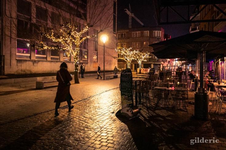 Photographier Noël : illuminations et solitude à Liège
