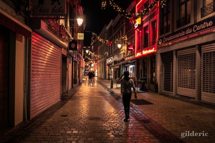 Photographier Noël : solitudes urbaines à Liège