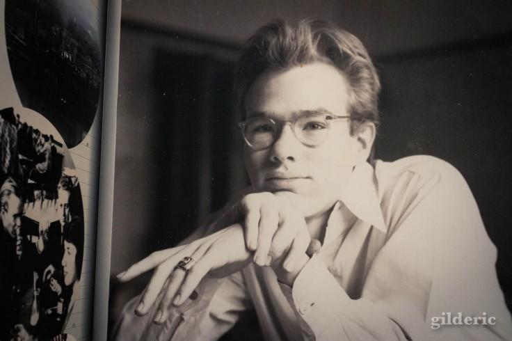 Andy Warhol jeune (portrait photo à l'expo à Liège)