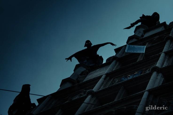 Effroi sur les toits de Gand