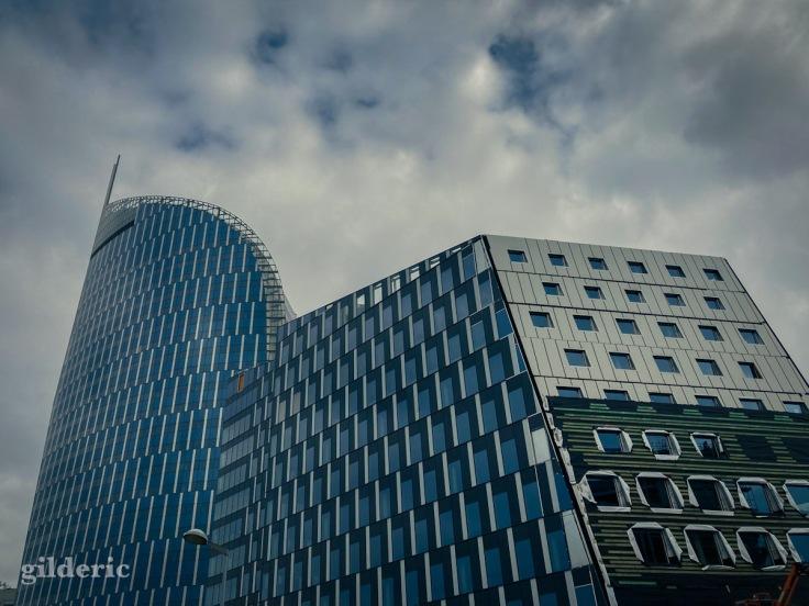 Construction de nouveaux immeubles près de la tour des Finances (Liège)