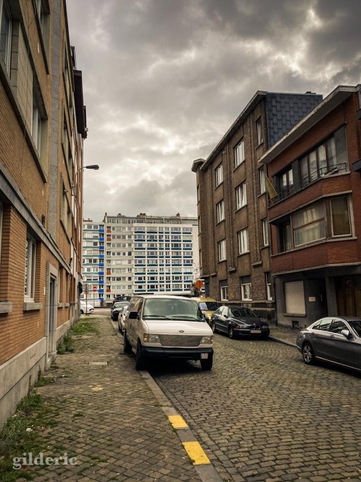 Ambiance sombre et pluvieuse à Liège